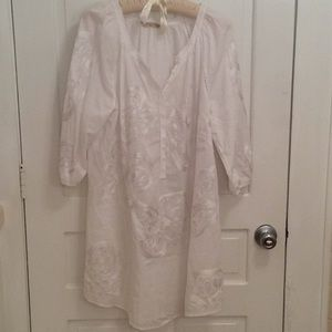 Soft Surroundings Boho White Embroidered Tunic Top
